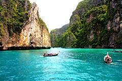 Koh Phi Phi maya bay Thailand (Adeline Govi N) Tags: koh phi pp landscape paysage magnifique film la plage dicaprio maya bay love beautifull