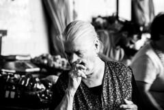 Retrato (Portrai) (A. Paulo C. M. Oliveira) Tags: instantneo snapshot gentes peoples retrato portrait pb pretoebranco bw blackandwhite porto portugal nikon d3000