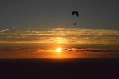 DSC_1709 (justinecharrel) Tags: sunset coucher de soleil auvergne france puydedome volcan montagne nature landscape paysage colors orange red blue sky clouds sun parapente parasailing nikon nikond3200 out