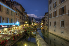 Annecy by night [FR] (ta92310) Tags: travel hdr nuit night bluehour 74 annecy canon 6d summer 2016 thiou canal rhnealpes hautesavoie