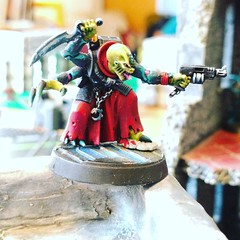 ACTUALLY got my models on a table AND PLAYED A GAME. Has hell frozen over yet? FEELS GOOD! (Modern Synthesist) Tags: warmongers dark eldar tyranids modernsynthesist warhammer40k games workshop gamesworkshop wh40k 40k gw darkeldar