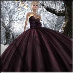 have to.. need to.. (Renee_ Parkes) Tags: mesh mg renee lap secondlife dreamworld diva gizza jamman slfashion reneeparkes chicwithlovehunt