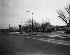 Broadway 9th to 15th Street 07 1_1950 (Council Bluffs Public Library Special Collections) Tags: broadway iowa councilbluffs