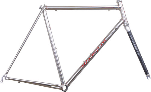 <p>Waterford polished stainless steel frame with Richard Sachs' Newvex lugs, Waterford Artisan dropouts with a polished finish and red pinstriping.  The polished alloy crown of the matching Wound-Up fork makes a great combination. </p>