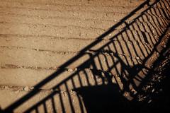 Ciclohuerting (Markus' Sperling) Tags: shadow mountain cicloturismo valencia bike cycling ombra bicicleta sombra bici horno touring sud 52 horta huerta arado barandilla decathlon forn baranda rockrider dalcedo