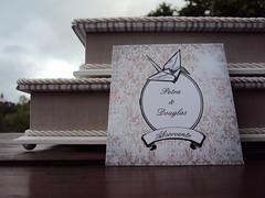 Kit Toalete - Petra & Douglas (Atelier Tudo Tão Lindo) Tags: caixa kit casamento pap tecido forrada lembrançinhas kitbanheiro kittoalete kittoillete papelariacasamento kittoallete