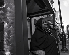 Philadelphia, 2012 (Alan Barr) Tags: street city people urban blackandwhite bw philadelphia monochrome mono blackwhite candid streetphotography sp streetphoto ricoh a12 2012 18mm gxr