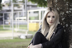 My Girl (Daniel Ares) Tags: girl avril lavigne blonde tree park sunlight sun jacket rock makeup nature people beautiful beauty gorgeous bleached hair wind portrait