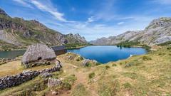 Lago del Valle, Valle del Lago, Somiedo. Asturias. (Eugercios) Tags: asturias asturies astrias teito valle lago lagosomiedoglaciarlakemontaamountainsreservabiosferaespaaespanhaeuropaeuropespainespaa verdenorth spainnortenaturalezanaturezanaturalgreengreen spainprincipado de landscape paisagem paisaje unknow unesco