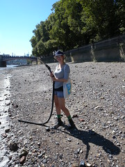 Maisy cleans up! (Thames Discovery Programme) Tags: thamesdiscoveryprogramme westminster london community archaeology riverthames fwm06