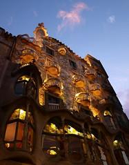 Casa Battll, Barcelona (clarabueno) Tags: casabatll barcelona modernismo gaud catalua arte emiliosalacorts arquitectura paseodegracia eixample naturalismo