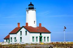 New Dungeness Lighthouse (KPortin) Tags: newdungenesslighthouse lighthouse clallamcounty nationalregisterofhistoricplaces flag