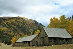 Village Smithy (Patricia Henschen) Tags: chaffeecounty sawatch range mountains mountain aspen autumn fall color gold silver mine mines mining ruins ghosttown stelmo mtprinceton chalkcreek nathrop colorado canyon sanisabelnationalforest leafpeeping fallcolor pathscaminhos county road backroad clouds