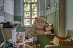 Schools Out 02 (Kristof Ven - beauty in decay / urbex -) Tags: schoolsout ue urbex urban exploration beauty decay abandoned