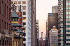 Perspektiven (zora_schaf) Tags: zoraschaf perspektiven kalifornien california usa sanfrancisco financialdistrict chinatown architecture unitedstates hochhaus linien dmmerung