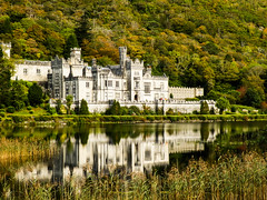 Kylemore Abbey (inbalr87) Tags: reflection green water architecture scotland traveling