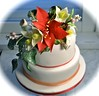 Amaryllis wedding cake (Cakes by Sonja) Tags: weddingcake hellebore snowberries lotuspods richfruitcake cakesbysonja sugarpasteamaryllis marantaleavesandsilverphilodendronleaves