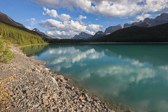 Waterfowl Lakes (seryani) Tags: trip viaje trees sunset summer vacation naturaleza mountain lake holiday canada mountains tree nature water forest canon landscape rockies lago outdoors atardecer evening nationalpark woods agua scenery holidays rboles view outdoor amor lakes lac august paisaje agosto bosque alberta verano vista banff rockymountains waterfowl montaa vacations vacaciones forests canad montaas 2012 banffnationalpark rocosas bosques waterfowllake canadianrockies parquenacional airelibre canadianrockymountains waterfowllakes montaasrocosas canoneos5dmarkii canonef1635f28lii canonef1635 5dmarkii canadarockymountains august2012 summer2012 montaasrocosasdecanad verano2012 agosto2012 vacaciones2012 parquenacionaldebanff lagowaterfowl