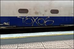 Tox06 (Alex Ellison) Tags: urban toxic graffiti tag londonunderground runner northernline tox tox06