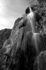 Waterfall of Escondido (WilbertArtGallery) Tags: california blackandwhite bw scale waterfall malibu lovers pch highway1 hikers climbers climibing boyfriendandgirlfriend sotherncalifornia malibupark hilkers escondidowaterfall peopelclimbing