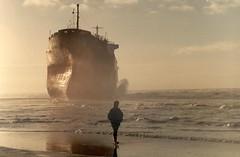 rio grande (bertknot) Tags: boats boot boat ships vessel boten maritime wreck shipping shipwrecks wrecks beaching riogrande schip schepen sinkingship stranding scheepswrak sinkingships vaartuigen beachedships scheepswrakken