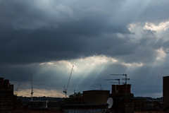 Crepuscular Rays 27 July 2016 (Sculptor Lil) Tags: canon700d dslrsingleexposure london atmosphericoptics clouds crepuscularrays sky weather