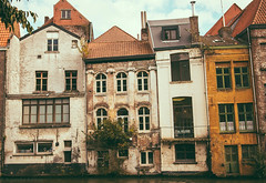 the drunken houses (rxndr) Tags: gent canal house crooked leaning flat cramped windows rooftops belgium