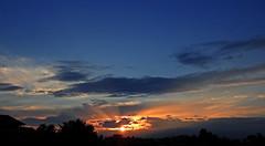 dreaming (ermenegildore) Tags: tramonto sunset sky sun sole nuvole clouds cielo colors colori