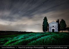 Italy - Tuscany - Toscana - Iconic Chapel of Val d'Orcia at night (© Lucie Debelkova / www.luciedebelkova.com) Tags: valdorcia tuscany toscana italy italia italian italie europe eu it world exploration trip vacation holiday place destination location journey tour touring tourism tourist travel traveling visit visiting sight sightseeing light lights dawn dusk wonderful fantastic awesome stunning beautiful breathtaking incredible wwwluciedebelkovacom luciedebelkova luciedebelkovaphotography night