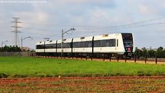 Del color de l'orxata (tunel_argentera) Tags: tren train ferrocarril railway zug fgv almssera meliana 4300 metrovalencia metro valencia
