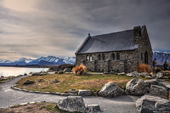 Church of the Good Shepherd (Kevin_Jeffries) Tags: churchofthegoodshepherd tekapo laketekapo newzealand lake stone tussock icon daylight sunlight landscape mountain snow jeffries nikon d90 landmark mckenziecountry people nikonflickrtrophy
