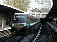 2007-04-12 - Paris, Bastille (lausanne1000) Tags: paris ratp stif parisien rgie transports commun public publics ledefrance 75 france mtro metro subway ubahn underground rail light alstom 89cc