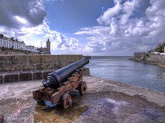 Porthleven Cannon (Ian Gedge) Tags: england uk britain cornwall kernow coast sea seaside porthleven harbour cannon gun