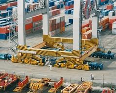 Stripes (stevenbrandist) Tags: southamptoncontainerterminal southampton containerterminal crane econofreight