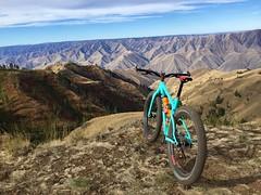 Above Hells Canyon Idaho (Doug Goodenough) Tags: bicycle bike cycle ride pedals spokes idaho treck stache hells canyon waha river salmon snake drg53316 drg53116p