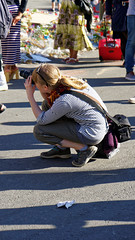 2016-05-05_18-00-25_ILCE-6300_4005_DxO (miguel.discart) Tags: 105mm 2016 belgium bru brussels brusselsattack bruxelles bxl bxllove bxlloveyou candidportrait candide candideportrait createdbydxo dxo e1670mmf4zaoss editedphoto female femme focallength105mm focallengthin35mmformat105mm fotografa freedom girls iambrussels ilce6300 iso100 jesuisbrussels jesuisbruxelles liberte pedestrian photographer pietonnier prayforbrussels prayforhumanity shooter shootershoot solidarity sony sonyilce6300 sonyilce6300e1670mmf4zaoss woman women