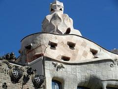 barcelona casa mila (1) (kexi) Tags: barcelona catalonia spain europe gaudi architecture sky blue casamila samsung wb690 september 2015 pink stone instantfave