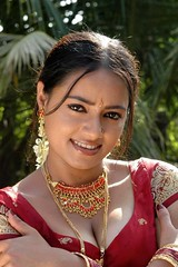 South Actress Madhuchandaphotos Set-3-Hot In Traditional Dress (8)