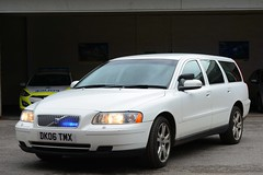 DK06 TMX (S11 AUN) Tags: cheshire police volvo v70 t5 unmarked advanced driver training adt drivingschool pursuit trainer anpr nwmpg northwestmotorwaypolicegroup traffic car rpu roads policing unit 999 emergency vehicle dk06tmx