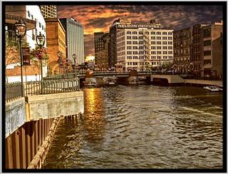 Milwaukee WI ~ River Walk