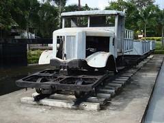 Thailand - Burma Railway - Rail/road truck (railasia) Tags: 2005 show thailand kanchanaburi jir burmarailway metergauge roadrailvehicle