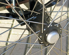 workcycles-bakfiets-hub (@WorkCycles) Tags: classic dutch tricycle details fixedgear oldfashioned heavyduty bakfiets bakfietsen workcycles cargotrike