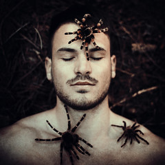 spider attack. (stefanheider) Tags: wood light portrait man me canon dark 50mm licht photo amazing flickr day alone foto fotograf photographer tag 14 shooting today wald ich selbstportrait heute dunkel facebook markii spinnen selfie alleine flickrpicture stefanheider