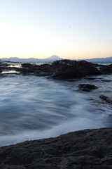 DSC01790 (No Donuts For You) Tags: new sunset japan fuji mt sony years enoshima jpeg ooc 2013 rx100