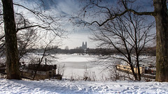 Winterhafen (diwan) Tags: city schnee trees winter sky snow nature canon germany geotagged deutschland eos see frozen place natur explore magdeburg stadt bume 2012 winterhafen fotogruppe saxonyanhalt sachsenanhalt zugefroren rotehorn canoneos650d fotogruppemagdeburg geo:lon=11649578 geo:lat=52126104
