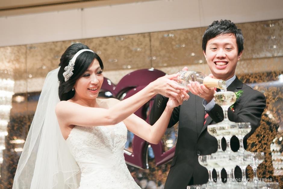 wed20121109_1244
