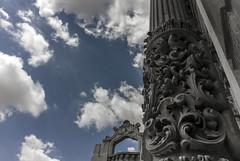 Sky and Detail (M.a.r.t.Y) Tags: sky cielo clouds nuvole colonne dettagli