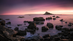 Marazion Sunset (David Haughton) Tags: stmichaelsmount marazion cornwall westcornwall cornish island sunset summer warm pink blue evening water rocks panorama