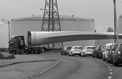 Blade runner (STTH64) Tags: windturbine energy blade bladerunner wind part truck transportation road street modern technology