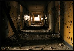 IMG_5850 (jozwa.maryn) Tags: komino bornesulinowo opuszczone abandoned miasto town duch ghost grosborn
